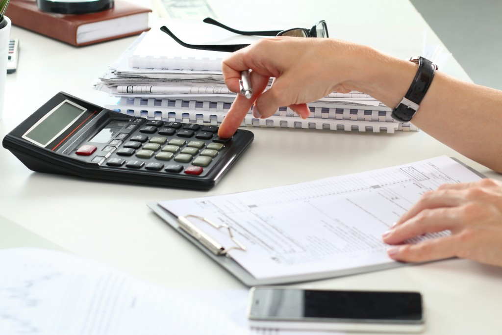 Bookkeeper making calculations
