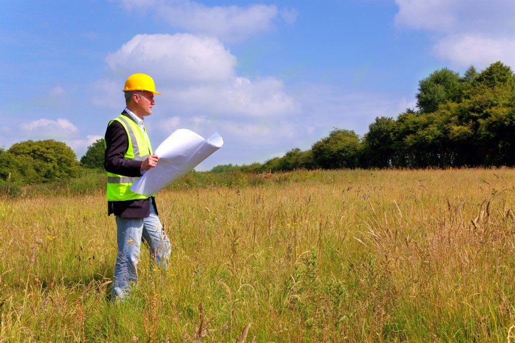 Field engineer at the site