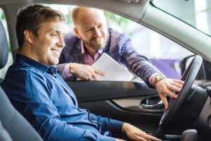 Finance Tips: Purchase a Car with Cash, Not Credit